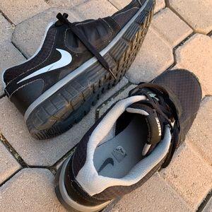 Nike Shoes - Nike men's 10 dual fusion running x